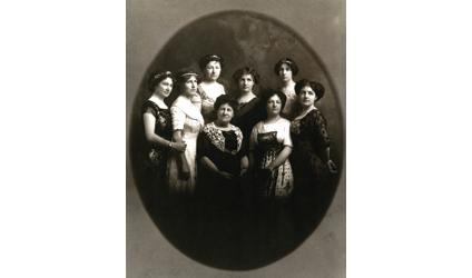 Photographie de la famille Lacoste.