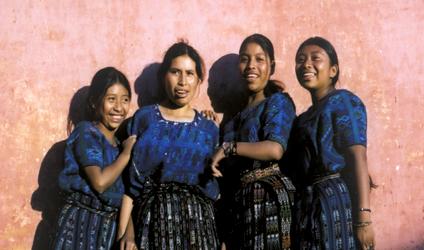 Photographie de jeunes filles du Guatemala