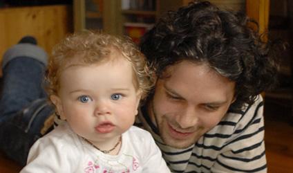Photographie d'un père et son fils