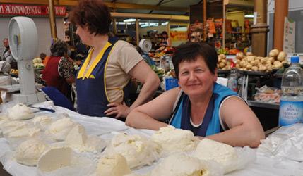 Photographie de productrices laitières en Ukraine.