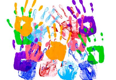 Illustration de mains en couleurs.