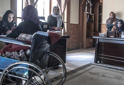 Femmes Afghanes au refuge pour femmes.